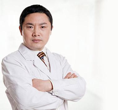 植发专家-杨晓